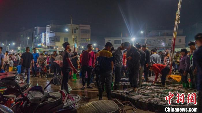 探访广东揭阳神泉港:揭秘讨海人的生活